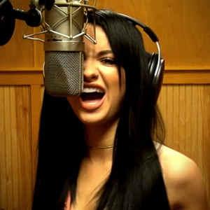 Pop singer from Phoenix Tori Matthieu